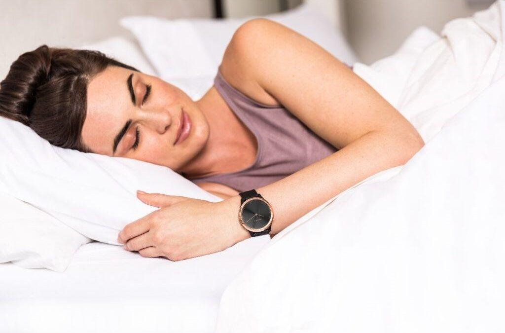 ¿En verano te cuesta más conciliar el sueño? ¡Garmin te ofrece algunos consejos para conseguirlo!